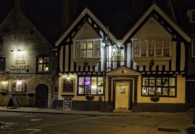 King Charles Pub