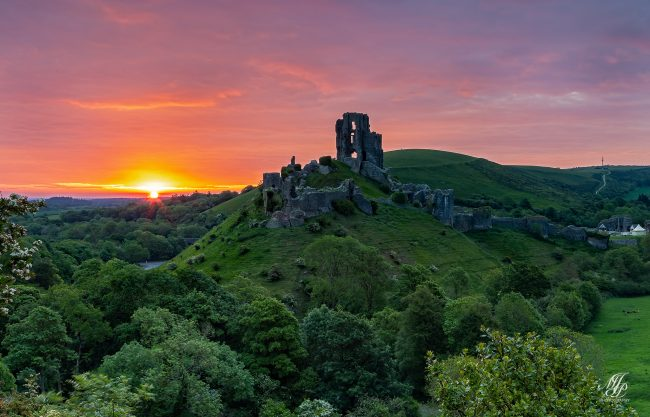 Sunrise Corfe Castle